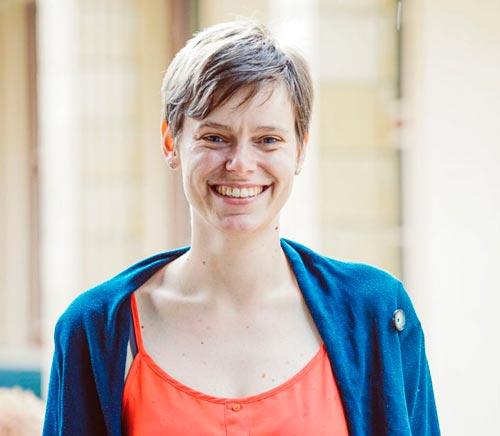 Katja Roy, Expertin für unterstütze Kommunikation